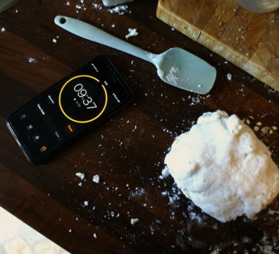 Teig für Teigtaschen - Kneten